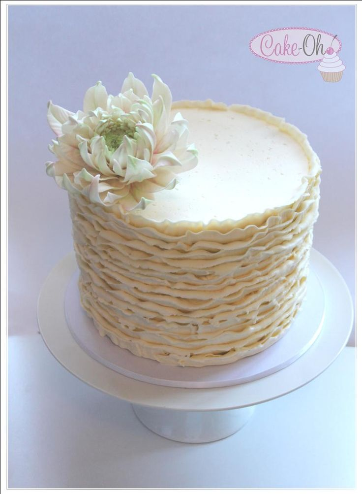 Buttercream Ruffle Single Tier wedding cake with Sugar Dahlia.