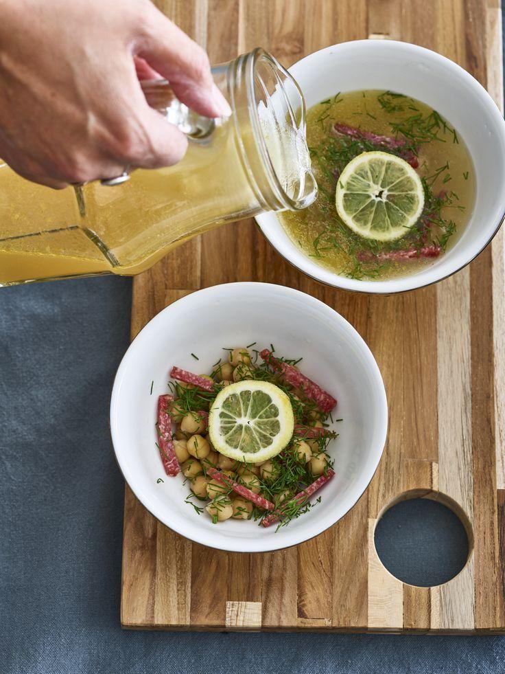 Kikkererwten-citroensoep met salami