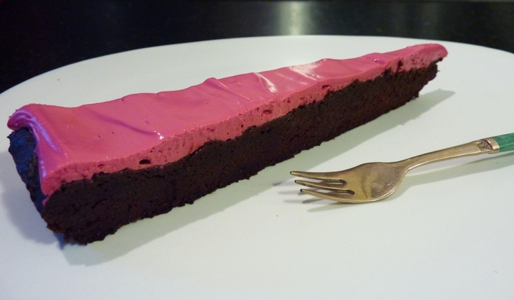 Chocolate Beetroot Cake With Beetroot Cream Cheese Icing - Gluten Free, Sugar Free, Vegetarian. http://www.thenaturopathskitchen.net.au/index.php?option=com_content&view=article&id=168:chocolate-beetroot-cake-with-beetroot-cream-cheese-icing&catid=1:fabulous-gluten-free-recipes&Itemid=46