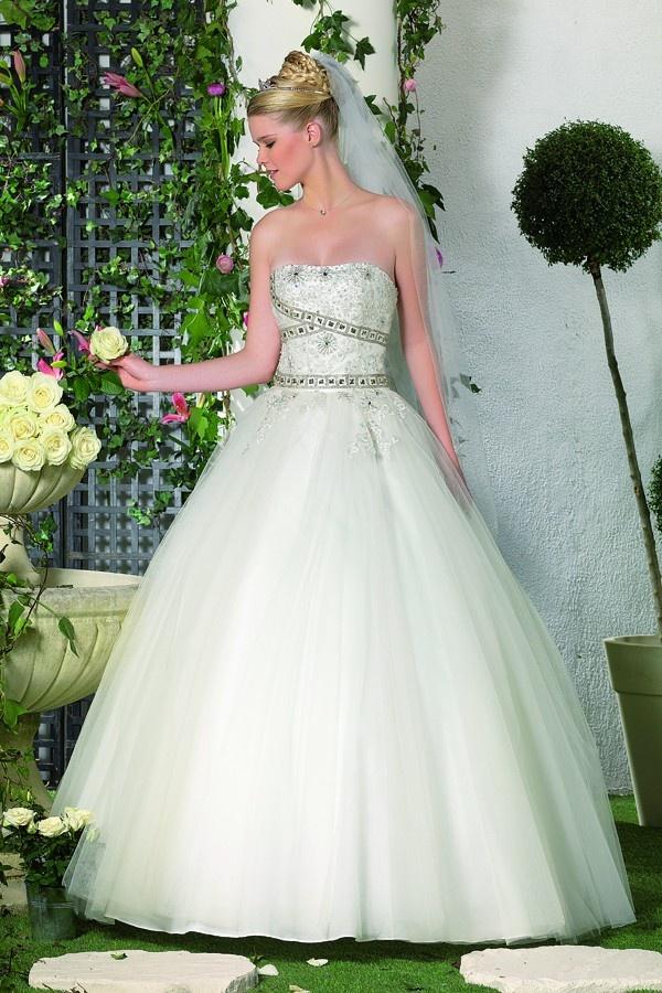 1000 images about robe de mari e princesse on pinterest for Qu est ce qu une robe de trompette