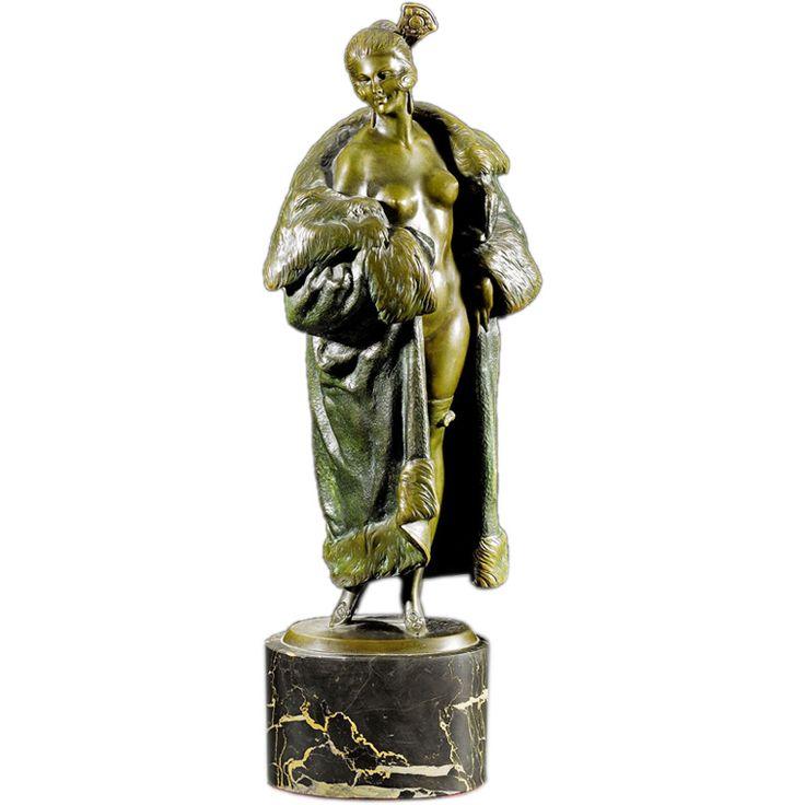 190 best art deco figurines statues images on pinterest art nouveau porcelain and effigy. Black Bedroom Furniture Sets. Home Design Ideas