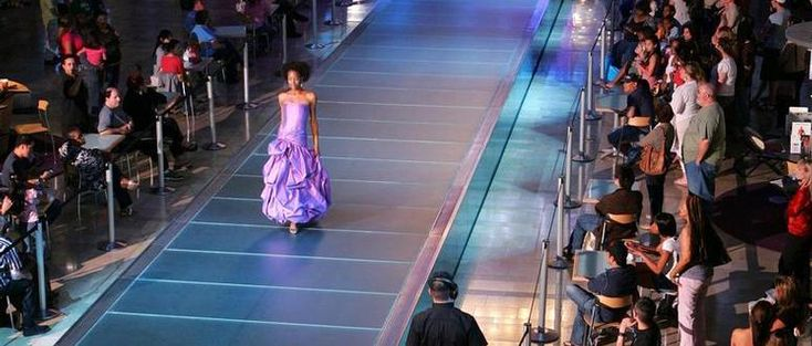 Live Runway Shows At Fashion Show Mall In Las Vegas