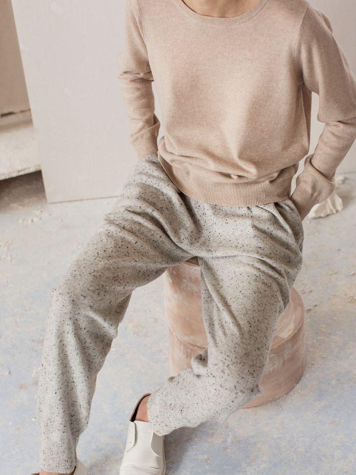 Arela | Finnish fashion brand | Cashmere knits & cotton jersey
