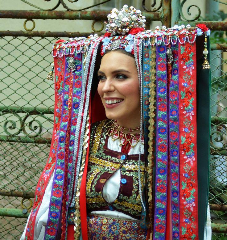 slovak-folk-costumes: Veľký Lom village, Novohrad region, Central Slovakia.