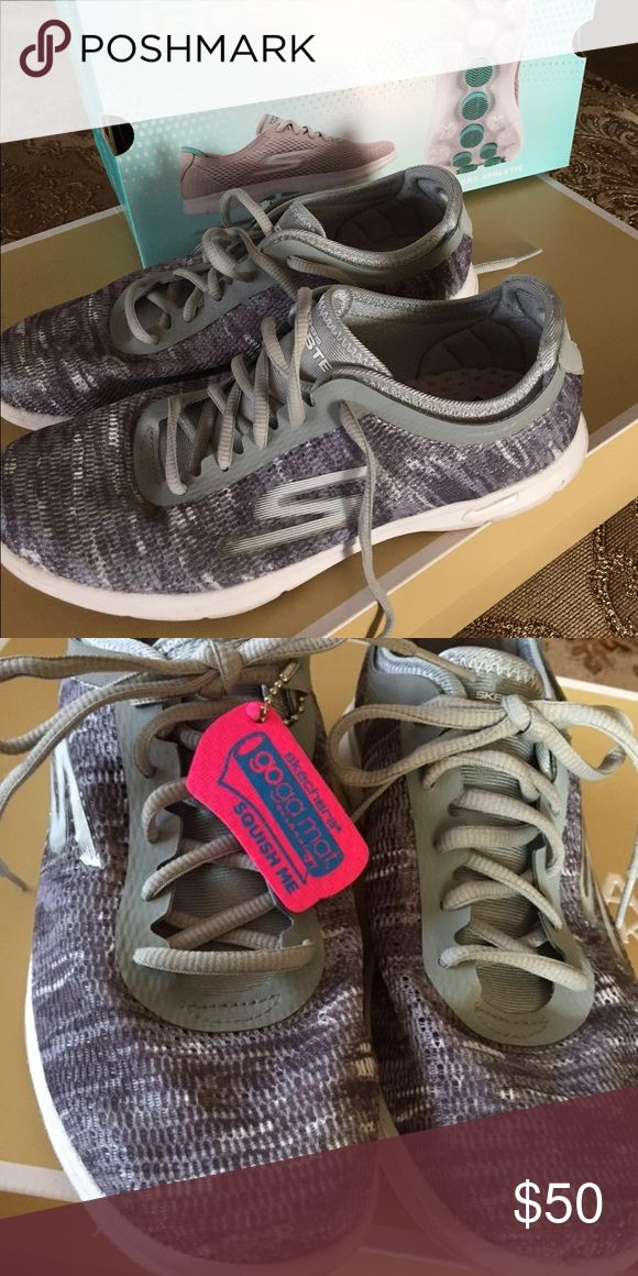 Sketchers Tennis Shoes Worn once in the house. Skechers Shoes Athletic Shoes
