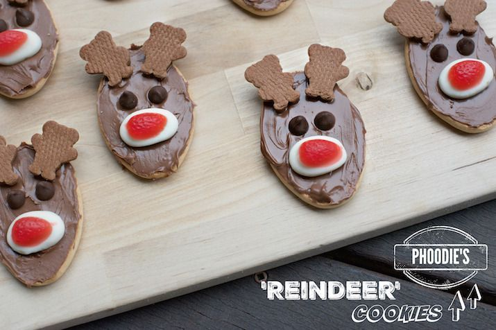 EASY CHRISTMAS COOKIES! AKA 'REINDEER' BISCUITS BY PHOODIE