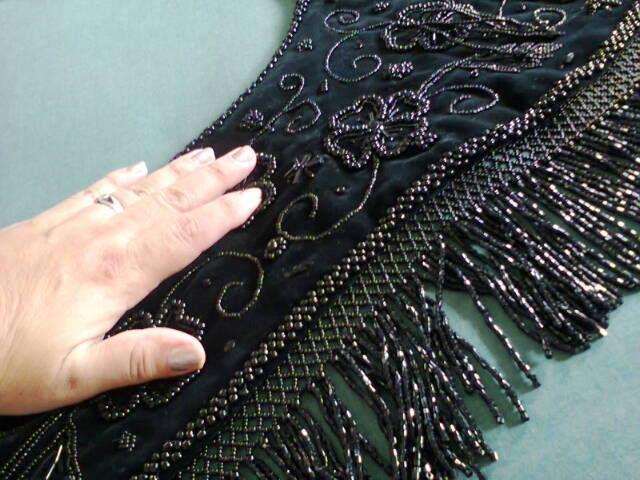 comparativo de bordado de Dengue traje de llanisca Asturiana elaborado por Monica Galvan en Veracruz, Mex-