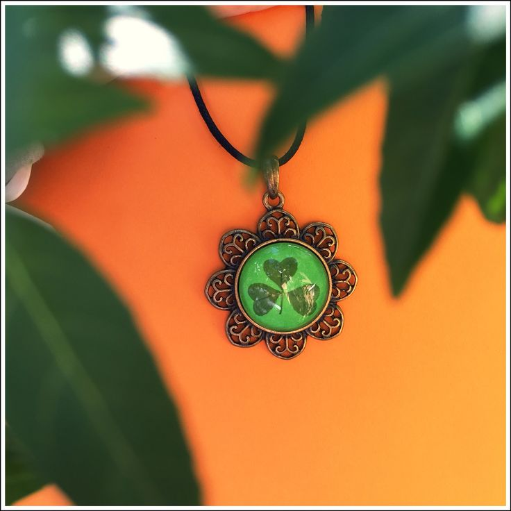 Pendant with real Shamrock from Irish field