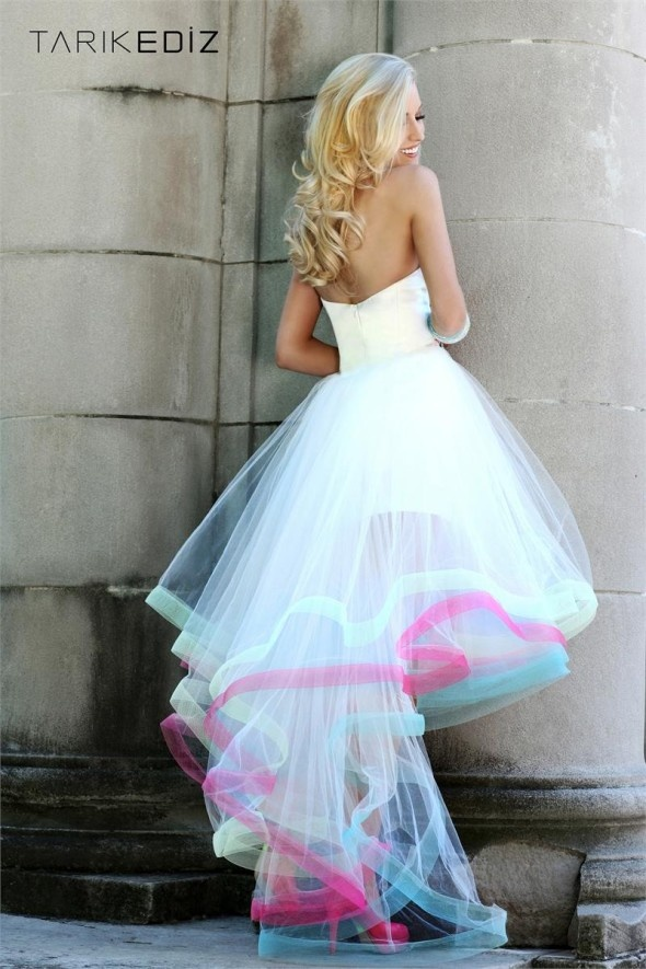 Best 25 Funky wedding dresses ideas only on Pinterest Barefoot