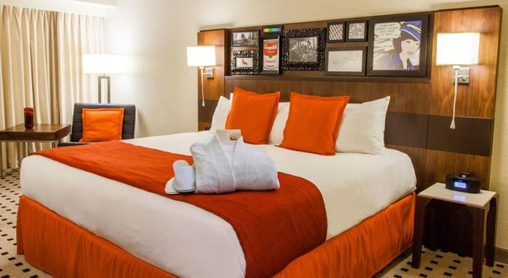 Radisson Hotel Downtown Salt Lake City Salt Lake City In the heart of central Salt Lake City, Utah and surrounded by the stunning Wasatch Mountains, this hotel offers exceptional service and a comfortable atmosphere, in the centre of the city.