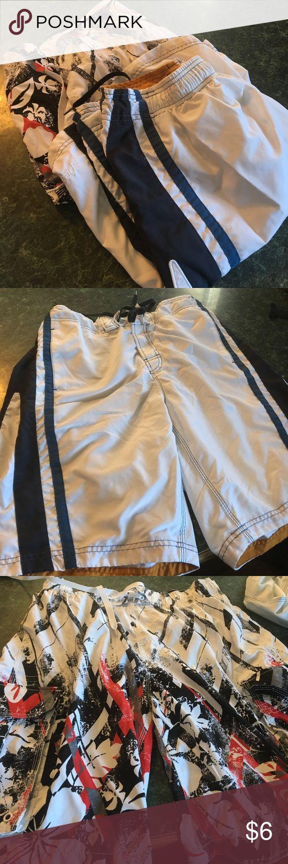Men's swim shorts Bundle!!🐠🐟🐬 Men's Speedo swim shorts size 34 (white and blue) and Arizona swim shorts size 34 (red/black/white)🐟🐠 Speedo Swim Swim Trunks