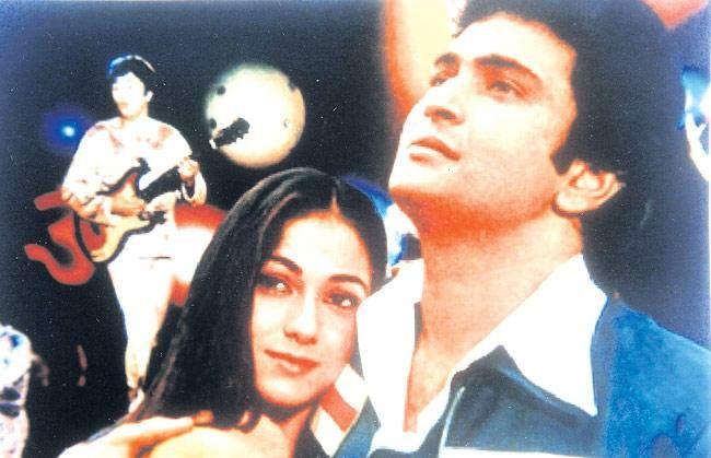 RIshi Kapoor and Tina Munim in Karz.