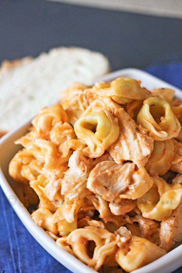 A #recipe so good even the photo will make your mouth water: Chicken Vodka Tortellini. (via: kleinworthco.com)