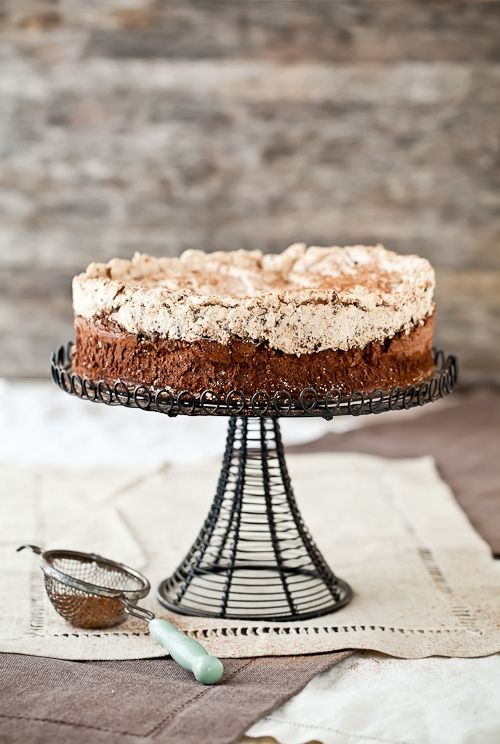 chocolate hazelnut meringue cake: