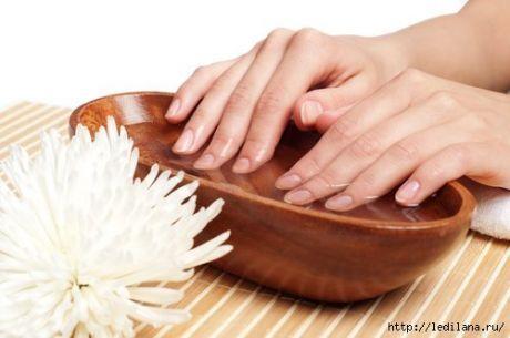 Народные средства для лечения расслоения ногтей   Расслоение ногтей – это одна из наиболее неприятных вещей, которая может приключиться с ними. Дефицит кальция служит наиболее распространенной причиной данного явления. Именно поэтому некоторые народ…