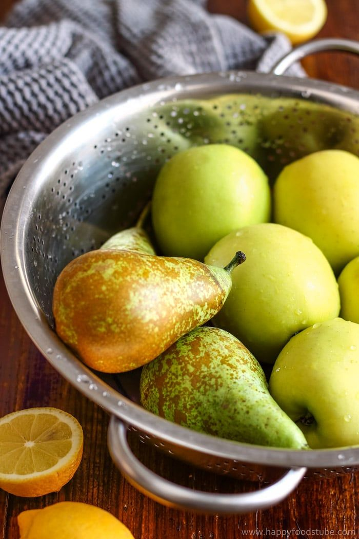 Fresh ingredients for Cloudy Apple Pear Juice.