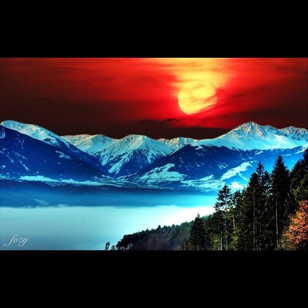 "@fozzzii's photo: ""Good morning  #picoftheday #photooftheday #instagood #instamood #sun #sky #mountains #beautiful"""
