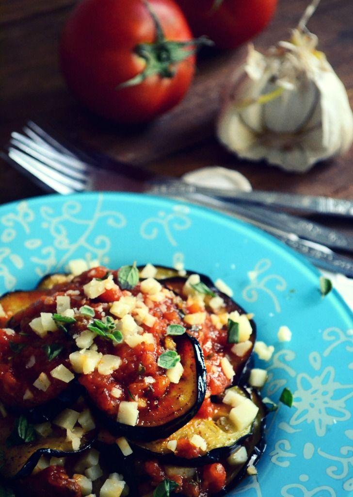 Μελιτζάνες με Ντομάτα και Σκόρδο