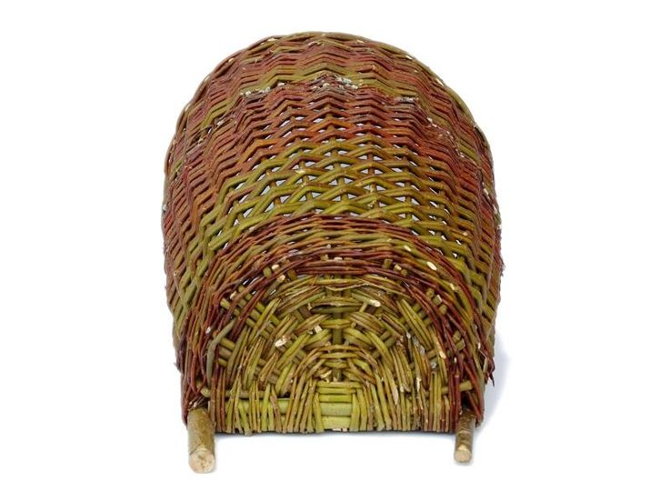 1000 images about historical baskets on pinterest 16th century wheels and bee skep - Wicker beehive basket ...