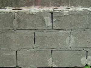 How to Fix a House Foundation thumbnail