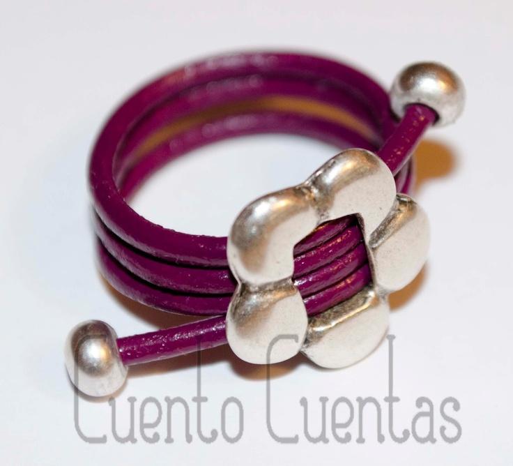 Anillos con cuero - Leather rings                                                                                                                                                                                 Más