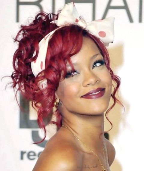 Rihanna Hairstyle Gallery – 28 Rihanna Hair Pictures