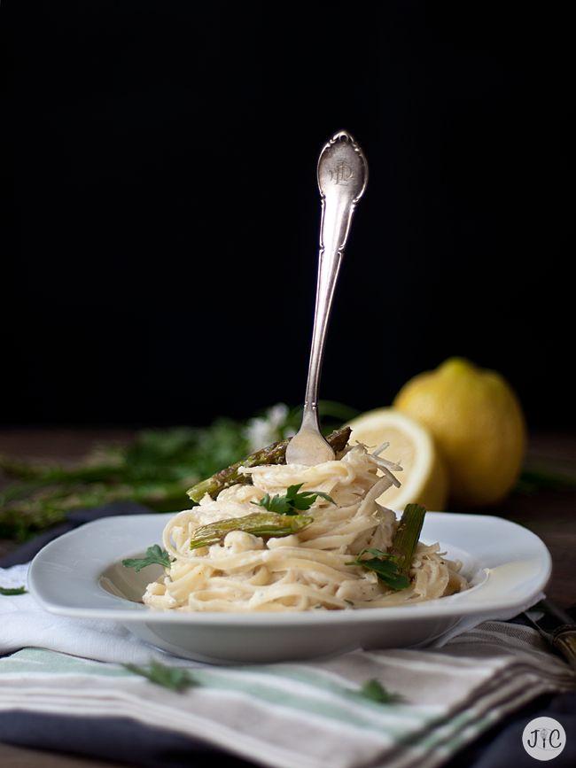 Jaleo en la Cocina: Tallarines con espárragos trigueros al limón... ¡De muerte!