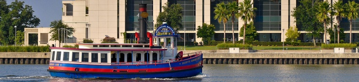 Savannah Belles Ferry: Free. River Street, right in front of City Hall to Westin. Every 15–20 minutes from 7:00 AM until 12 AM (subject to weather and river traffic conditions)