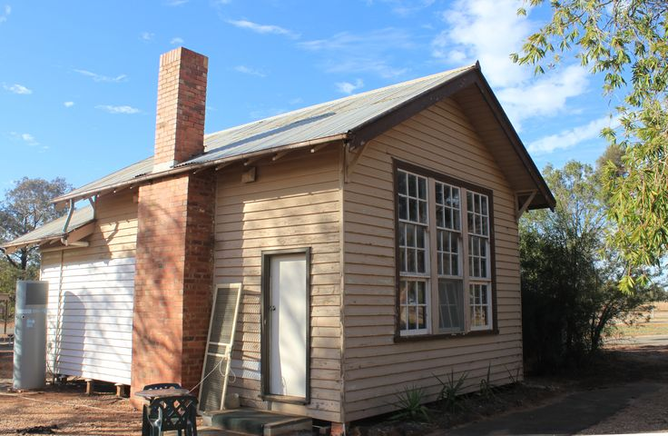 """Baring School No. 4337, officially opened in March 1928 in a one-room weatherboard building erected on a 5 acre site in north-east corner of Allotment 20C a Timber & Water Reserve """"Fox's Tank Reserve"""", incorporating a Hall Reserve, Parish of Baring, and operated there until October 1945. Both building and pupils were then moved to Patchewollock Group School. The building is now used for visitor accommodation in Patchewollock."""