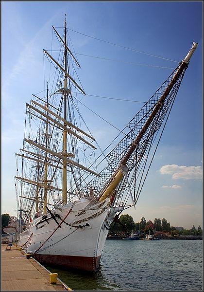 Gdynia - Pomorskie, Polen. Destijds was het nog een opleidingsschip. (visited 1988)