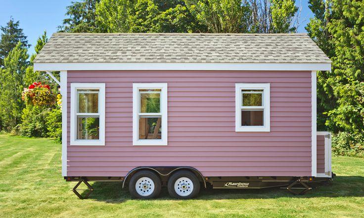 Una pequeña casa rodante ¡en color rosa!