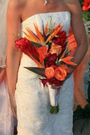 birds of paradise bouquetBirds Of Paradise Bouquet, Paradise Bouquets, Beach Wedding Bouquets, Flower Bouquets, Bouquets Ideas, Wedding Flower, Bird Of Paradise, Birds Of Paradis Bouquets, Favorite Flower