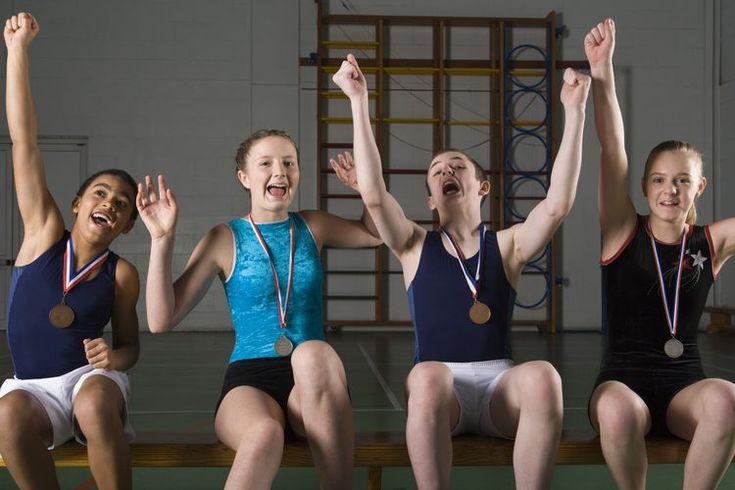 Ideas divertidas para acondicionamiento de gimnasia. El acondicionamiento es una parte muy importante de la gimnasia, y de hecho puede durar casi tanto tiempo como el aprendizaje de las habilidades y rutinas. Por lo general, las clases de gimnasia son organizadas por edad o nivel de habilidad. Las ...