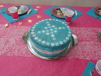 Für alle, die Elsa, Anna, Olaf und eisige Kälte lieben - Eiskönigin-Party-Anleitung mit Tipps für Deko, Kuchen, Spiele und Schatzsuche!