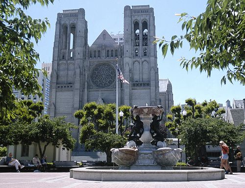 San Francisco's Top 10 : Churches - Grace Cathedral    San Francisco's own Notre Dame combines Italian Renaissance with a lot of American originality .