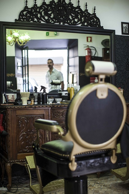 Barbearia Oliveira - Rua dos Remédios