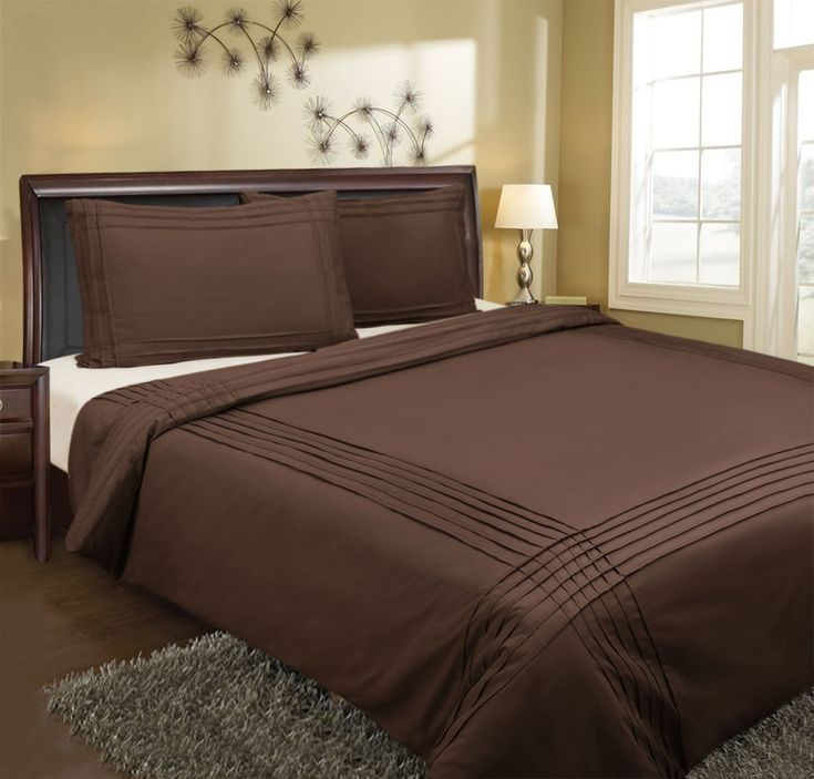 Pin Tuck Quilt Cover Set. Easy Care Polyester/Cotton Fabric. 225 Thread Count. Set Contains Quilt Cover & Pillow Cases.