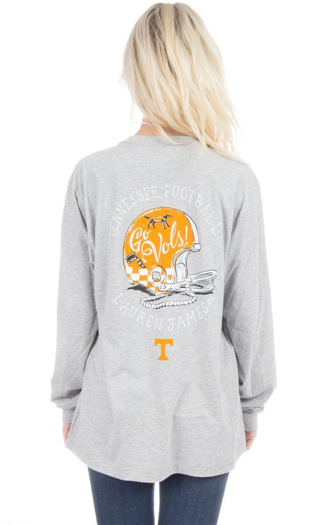 Where are our Tennessee football fans at?! We know you will love to cheer for the Vols in this new helmet tee! Oversized unisex fit. Model is wearing a MEDIUM! Features - 100% Combed Cotton 4.3 oz - F