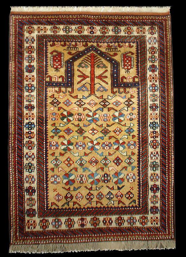 Chi chi Prayer rug, Caucasian Kuba Chichi Prayer Rug, Azerbaijan, made of handspun wool and pure natural dyes