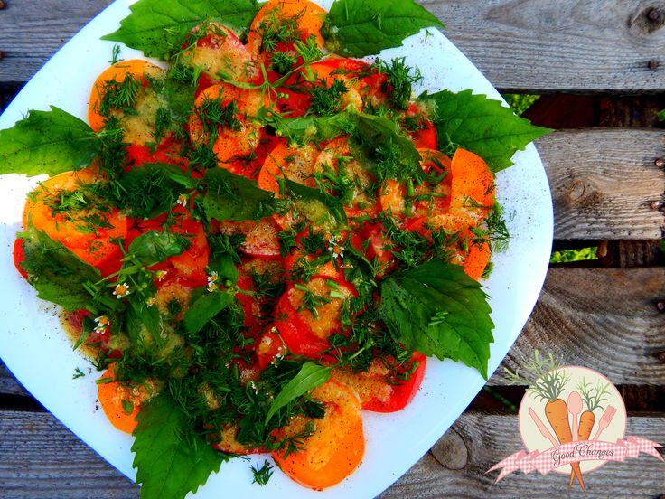 sałatka-z-pomidorów-i-żółtlicy-owłosionej_wm.jpg 4608×3456 pikseli