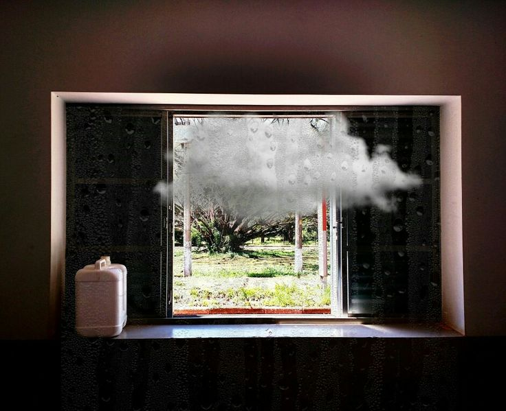 Chuva dentro #cloud #windons #rain #art #arte #contemporaryart #artecontemporanea #visualart #artesvisuais #photootheday #photoofday #photography #fotografia #nuvens #nuvem #janela  #interior #interiordesp #fzea #rual #campo #galeriadearte #galeria #artfair #galleryart #gallery #museu #museum