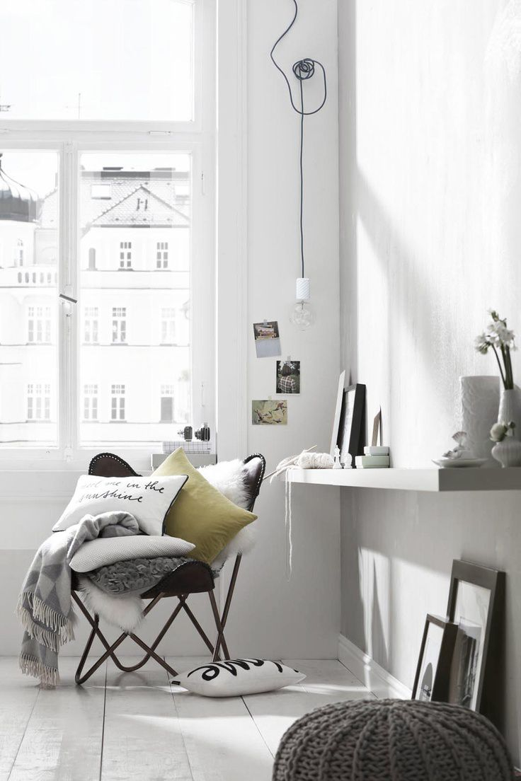 This Concrete Pendant Lamp brings ambience to your room. Color of concrete and texitile cord can be fully customized!