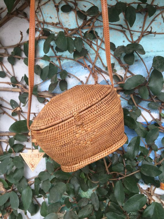 Flying Fox Woven Basket Purse/Gift/Unique Purse/Hand Woven/Christmas Gift/Rattan/Leather Purse/Bamboo Purse/Bohemian/Indy/Bag/Worldly