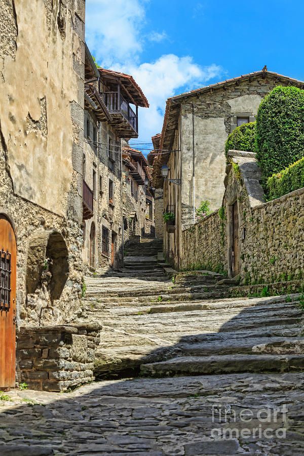 Besalú A Medieval Town In Catalonia