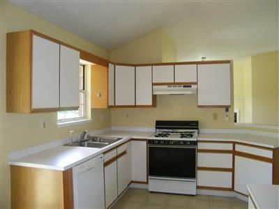 A Quick Fix For Those Ugly Kitchen Cabinets This Was The 80s Kitchen When We