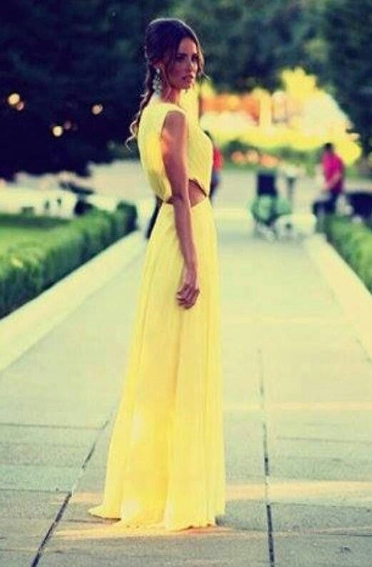 Beautiful yellow dress