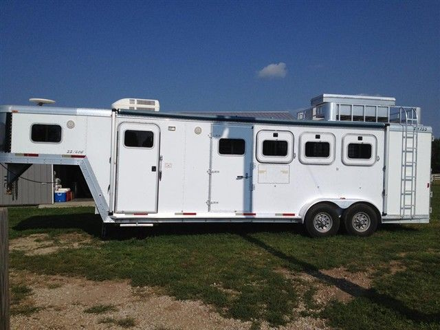 Exiss Horse Trailer Hay Rack | Barrel Horse World   Horse Trailers For Sale