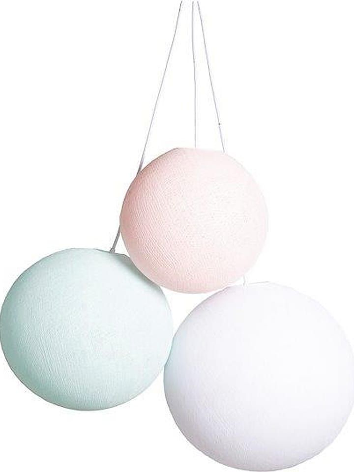 W Limango Outlet Kazdego Dnia Jest Wyprzedaz Buty Buty Dzieciece Odziez Zabawki Do 80 Taniej Zamawiaj Z Dostaw Cotton Ball Lights Ball Lights Cotton Ball