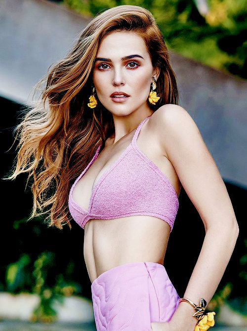 Zoey Deutch for Cosmopolitan Magazine (February 2016)