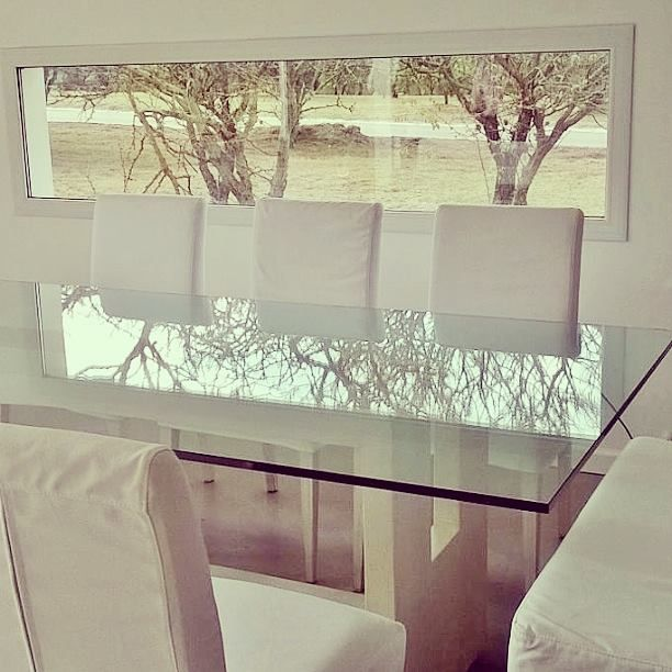 #dinningroom #homedecor #modern #style #house #interiors #deco #totalwhite #glasstable #modernstyle